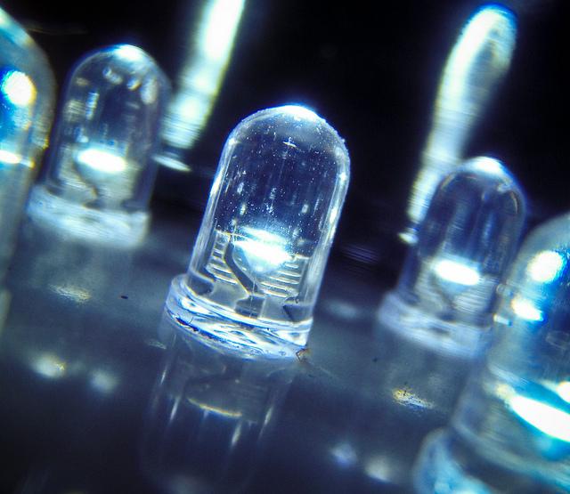 Iluminacíón Eficiente y Análisis Tarifario en Comunidad de Propietarios